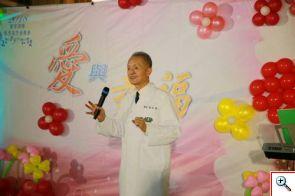 特別參與音樂會的慈濟醫療法人執行長林俊龍,感恩醫護團隊的用心外,更感恩捐贈者與家屬的無私付出。